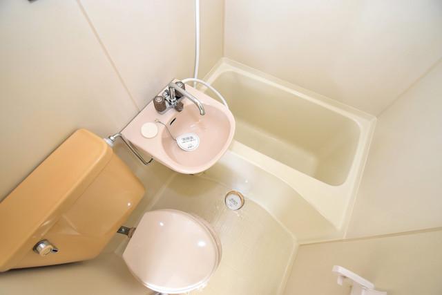 ハイム上小阪 シャワー1本で水回りが簡単に掃除できますね。