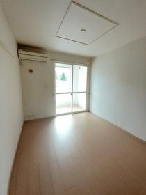 https://image.rentersnet.jp/25074600-1c36-4bc5-9321-26c76d825c92_property_picture_3520_large.jpg_cap_居室