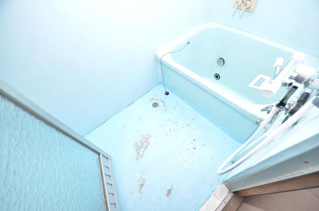 横沼町3丁目貸家 ゆったりと入るなら、やっぱりトイレとは別々が嬉しいですよね。
