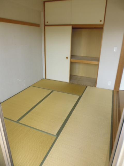 西高島平駅 徒歩8分居室