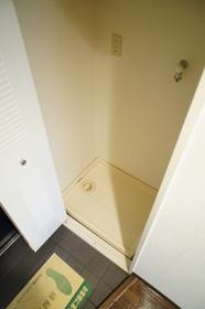 洗濯機置き場は室内