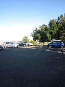 セシオン橘駐車場