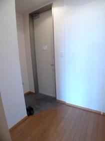 SKYハイツ 201号室