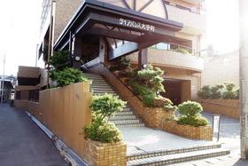 https://image.rentersnet.jp/269b4892b50654c689daa940c9dc7503_property_picture_955_large.jpg_cap_エントランス