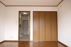 https://image.rentersnet.jp/26b1ae07-2fb3-408e-88b1-f4f84c7622e8_property_picture_2419_large.jpg_cap_居室