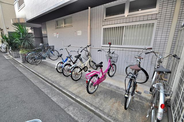 ヴィラアルタイル あなたの大事な自転車も安心してとめることができますね。