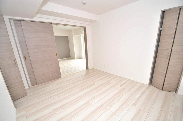 Grand Regis 解放感たっぷりで陽当たりもとても良いそんな贅沢なお部屋です。