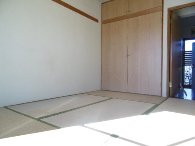 メゾンドクローネ居室
