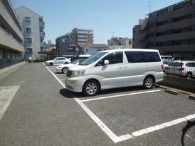 グランシャリオan駐車場