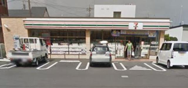 本厚木駅 徒歩21分[周辺施設]コンビニ
