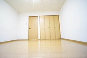 https://image.rentersnet.jp/27507092-d6b9-467b-a6aa-09322eaf0703_property_picture_956_large.jpg_cap_居室