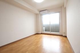 https://image.rentersnet.jp/2767ab6d-706e-4068-b0f0-3e68bb25cf8c_property_picture_958_large.jpg_cap_居室