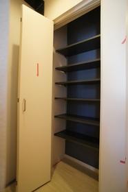 レヴールカゲツ 307号室