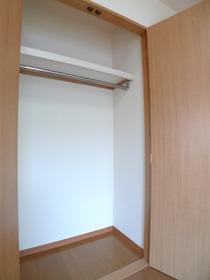 ハイネスオートリ 301号室