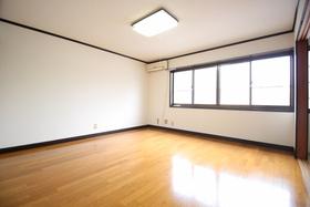 https://image.rentersnet.jp/28008161-5e54-4959-85f8-6fc6c3e76a3d_property_picture_1992_large.jpg_cap_居室