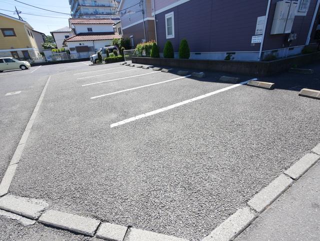 ミルキーウェイ駐車場
