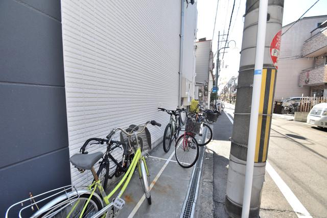 CITY PAL 田島 WEST あなたの大事な自転車も安心してとめることができますね。