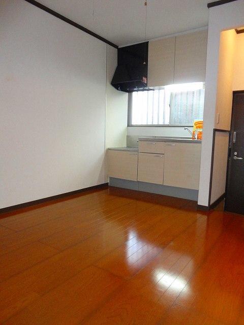 アパートメントスミカ居室