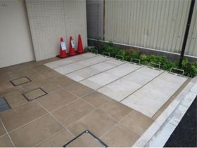 リヴシティ横濱関内駐車場