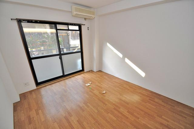 アネックスサンタオ 明るいお部屋は風通しも良く、心地よい気分になります。