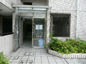 スカイコート横浜南太田エントランス
