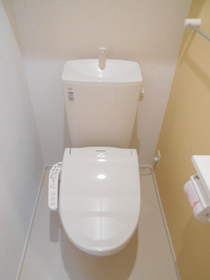 https://image.rentersnet.jp/29280980-c98d-4e71-b150-a98f320b886f_property_picture_3521_large.jpg_cap_トイレ
