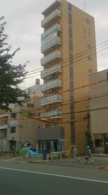 フェール東新宿の外観画像