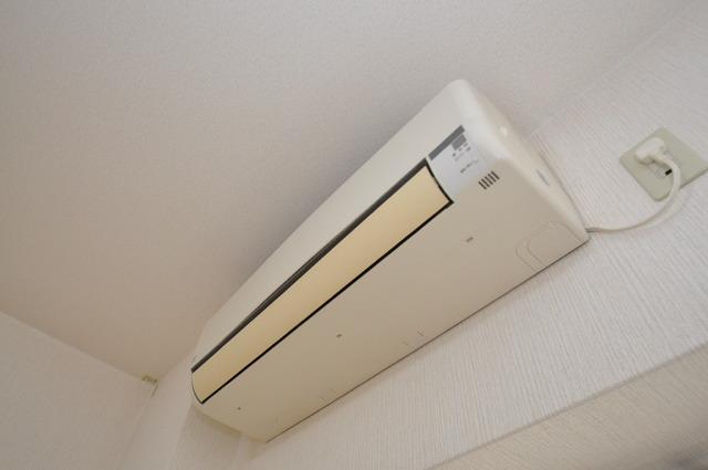 Grace Court うれしいエアコン標準装備。快適な生活が送れそうです。