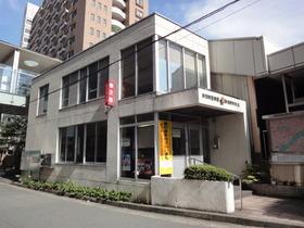 https://image.rentersnet.jp/2a0daf896d7eef1cc550d2f0c28f5ede_property_picture_2418_large.jpg_cap_駅前交番