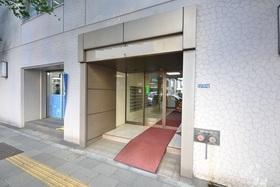 泉岳寺駅 徒歩3分エントランス