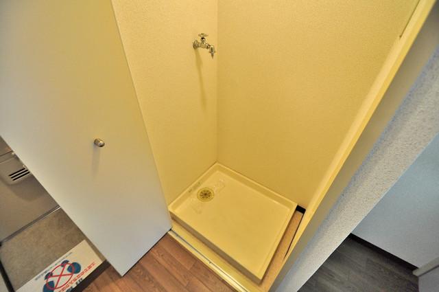 フィオレ源氏ケ丘 嬉しい室内洗濯機置場。これで洗濯機も長持ちしますね。