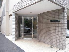 錦糸町駅 徒歩16分エントランス