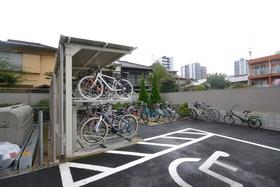 椎名町駅 徒歩10分駐車場