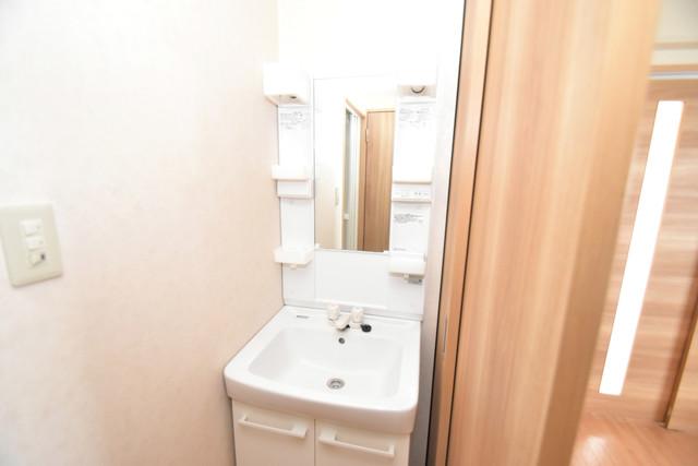 星和ビル 独立した洗面所には洗濯機置場もあり、脱衣場も広めです。