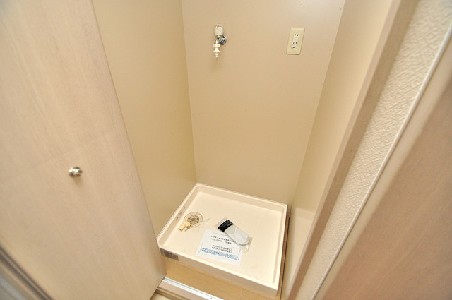 ティーアップスクエア 嬉しい室内洗濯機置場。これで洗濯機も長持ちしますね。