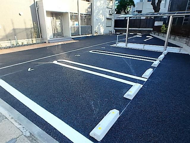 エトワール本町駐車場