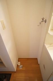 ビューヴィブァン�U 203号室