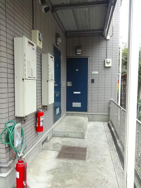 和田町駅 徒歩6分エントランス