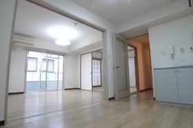 第一ルネス 206号室