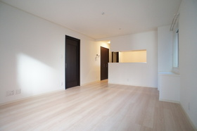 LINDOR(リンドール) 101号室