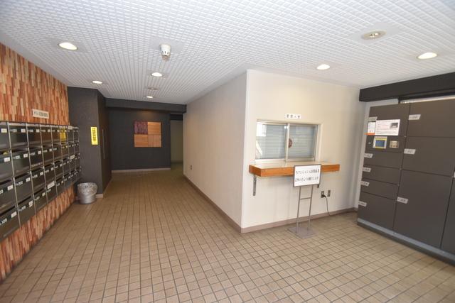 サンサーラ・タツミ エレベーターホールもオシャレで、綺麗に片づけられています。