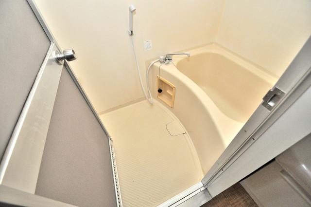 サンライフ若江東 ゆったりサイズのお風呂は落ちつける癒しの空間です。
