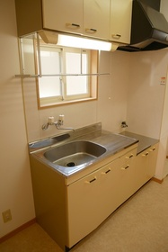 https://image.rentersnet.jp/2ce304da-7e48-4d75-91fc-369583131952_property_picture_2419_large.jpg_cap_キッチン