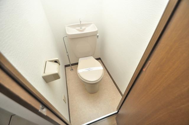 ウエンズ小路 スタンダードなトイレは清潔感があって、リラックス出来ます。