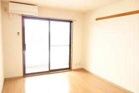 https://image.rentersnet.jp/2d69664f-9975-44e4-a3ea-58e60410b90a_property_picture_1992_large.jpg_cap_居室