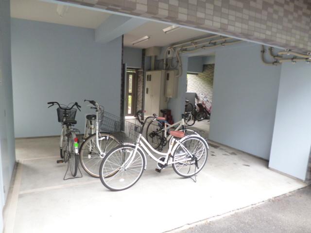 スカイコート新宿第8駐車場