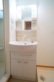 https://image.rentersnet.jp/2e38d3f6-0384-4121-b668-7e5f79f9bc4b_property_picture_960_large.jpg_cap_他号室。参考写真