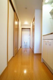 https://image.rentersnet.jp/2e5e61fc-4c29-4dcc-a95d-9edd59ec2739_property_picture_960_large.jpg_cap_他号室。参考写真