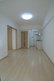 エーワンハイム 209号室