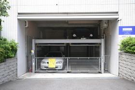 レジディア文京湯島駐車場